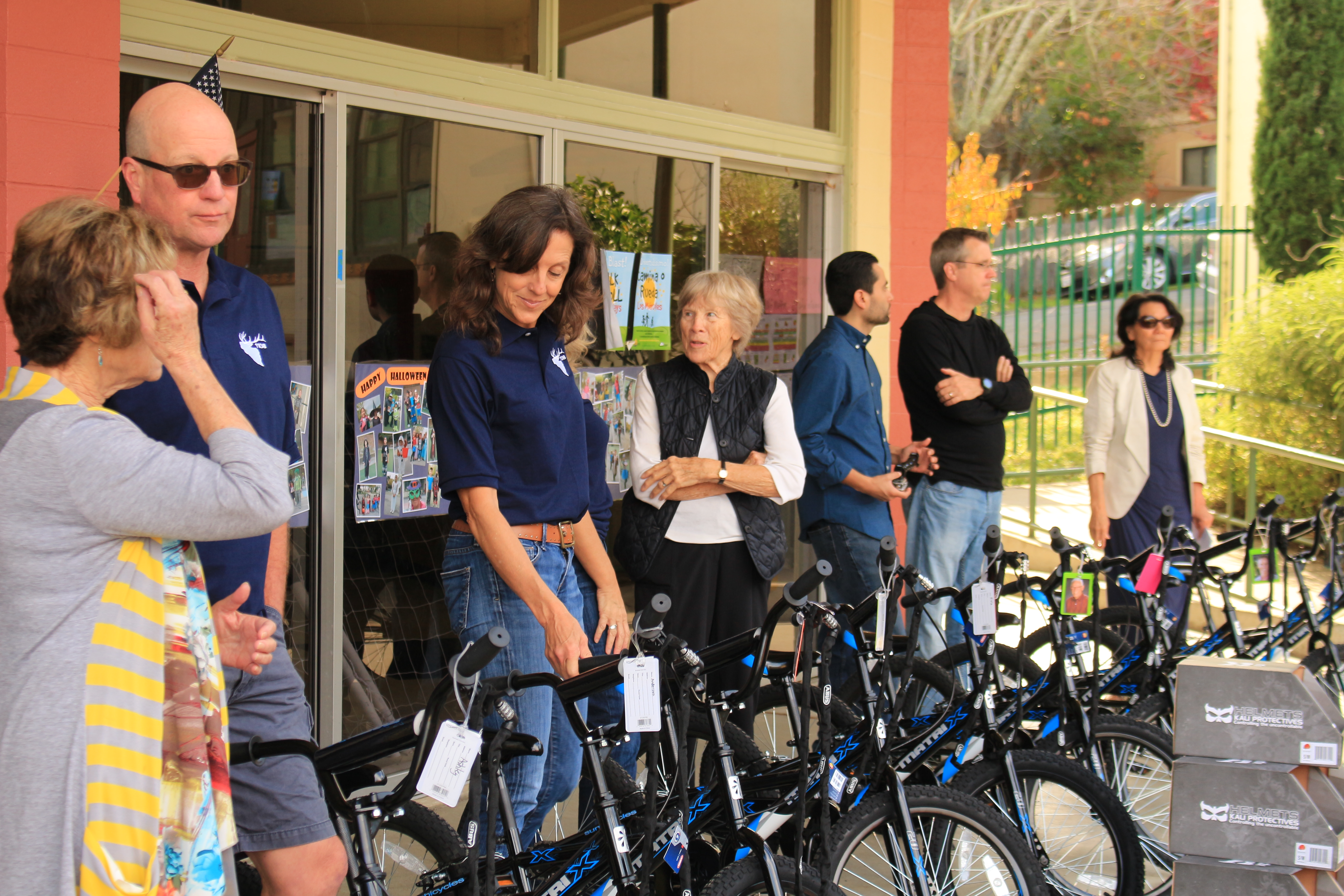 bicycle-donors-all-ready-to-make-the-announcements-nov-10-2016